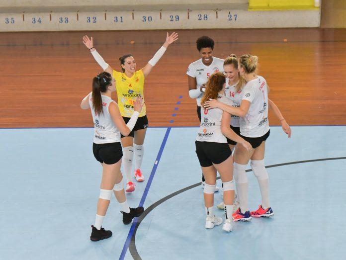 Grinta Bartoccini, ma a Scandicci va ancora k.o.. Le ragazze di Bovari cadono 3-0 nel test in casa delle più quotate toscane. Pascucci: