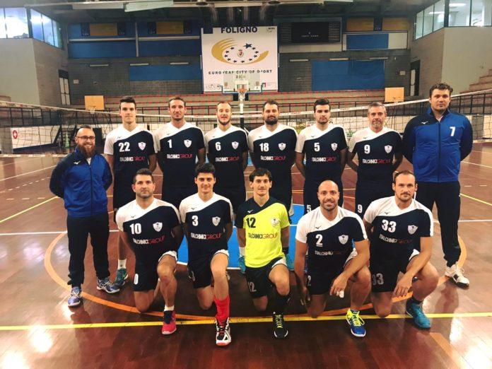 Donazione della Volleyball Foligno agli Ospedali di Foligno e Assisi. Il club folignate ha acquistato, grazie a una raccolta, 700 mascherine per il personale sanitario