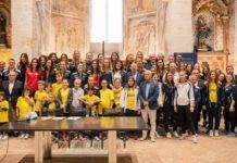 Trevi Volley: una presentazione in pompa magna. L'evento è avvenuto presso la Chiesa di San Francesco. Presenti anche i presidenti regionali Fipav e Coni